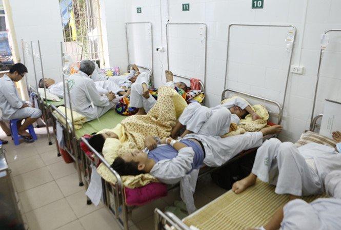 Thời tiết nắng nóng, số người nhập viện do sốt xuất huyết ở Hà Nội gia tăng - Ảnh 1