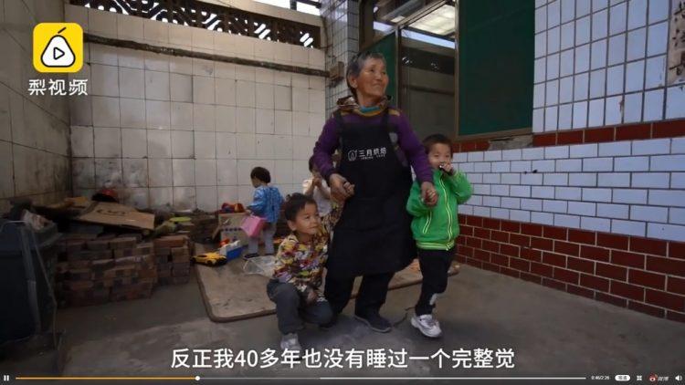 Cảm động cụ bà U80 nhận nuôi 45 đứa trẻ trong 47 năm - Ảnh 1