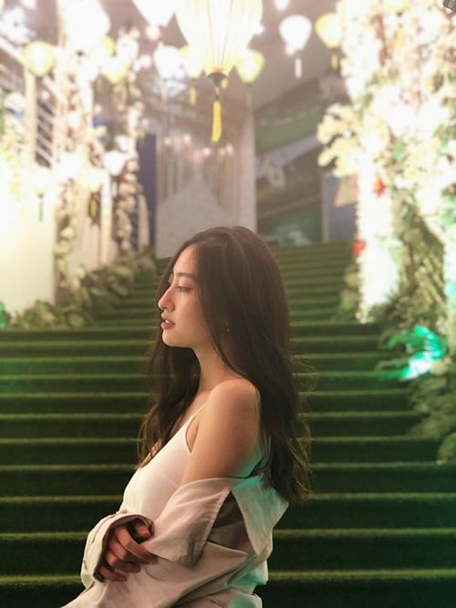 Suýt xoa trước những bức hình chụp đời thường của Hoa hậu Thế giới Việt Nam Lương Thùy Linh - Ảnh 8