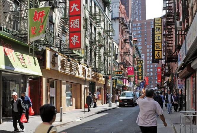 Quan chức nghỉ hưu của Trung Quốc bị hạn chế ra nước ngoài - Ảnh 1