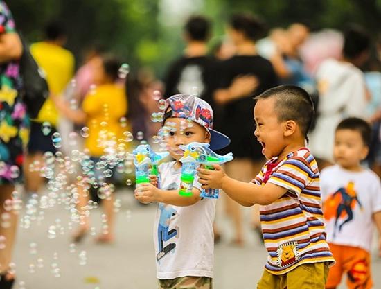 Không khí mừng vui đón ngày Tết Độc lập 2/9 ở Hà Nội - Ảnh 6