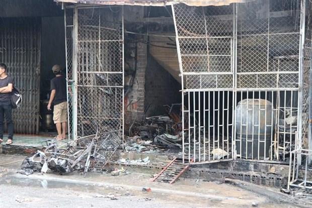 Hai mẹ con chết cháy trong tiệm tạp hóa ở Hải Dương - Ảnh 1