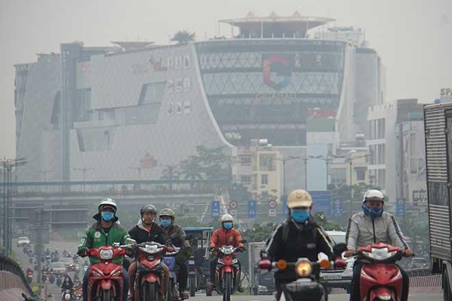 Sương mù bất ngờ xuất hiện từ sáng đến chiều tại TP.Hồ Chí Minh - Ảnh 3