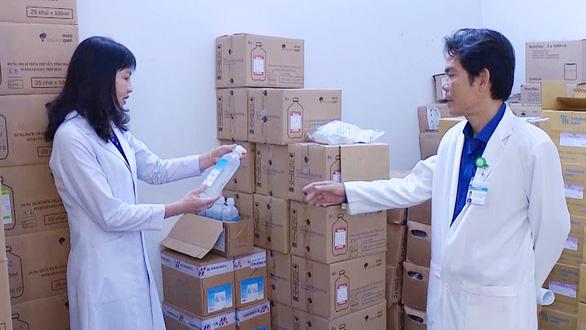 Nguy cơ bùng phát dịch do thiếu dịch đặc trị sốt xuất huyết vào mùa cao điểm - Ảnh 1