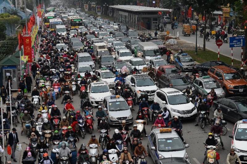 Người Việt có tỷ lệ sở hữu ô tô gần như ít nhất Đông Nam Á - Ảnh 3
