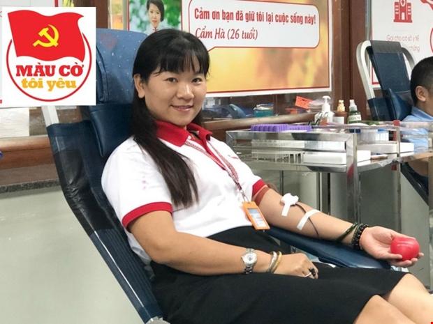 Những phụ nữ nhiệt huyết với việc hiến máu tình nguyện cứu người - Ảnh 2