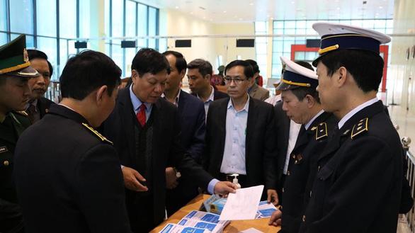 Việt Nam đã có gần 100 người nghi nhiễm virus corona - Ảnh 2