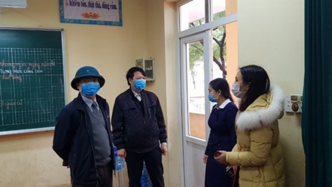 Phát hiện 38 học sinh ở Vĩnh Phúc có biểu hiện nghi nhiễm covid-19 - Ảnh 1