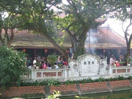 Điểm danh những ngôi đền, chùa cầu duyên nổi danh nhất Việt Nam dành cho dân FA - Ảnh 1