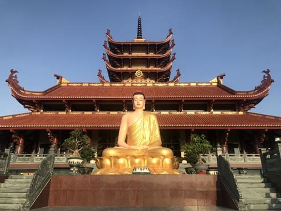 Điểm danh những ngôi đền, chùa cầu duyên nổi danh nhất Việt Nam dành cho dân FA - Ảnh 8