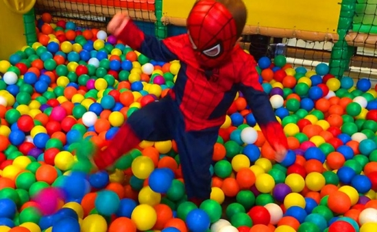 Cảnh báo những nguy hiểm cho trẻ em từ nơi vui chơi công cộng - Ảnh 4