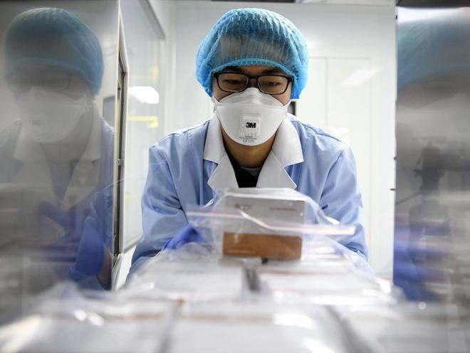 Phát hiện virus corona tiến hóa khi lây từ người sang người tại ổ dịch ở Trung Quốc - Ảnh 1