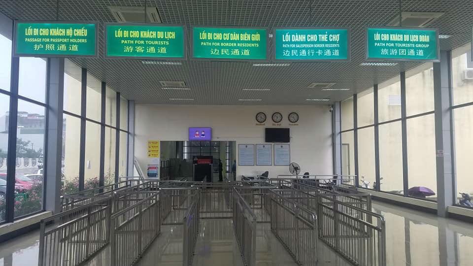 Virus corona làm 'điêu đứng' cả ngành du lịch tỉnh Quảng Ninh - Ảnh 1