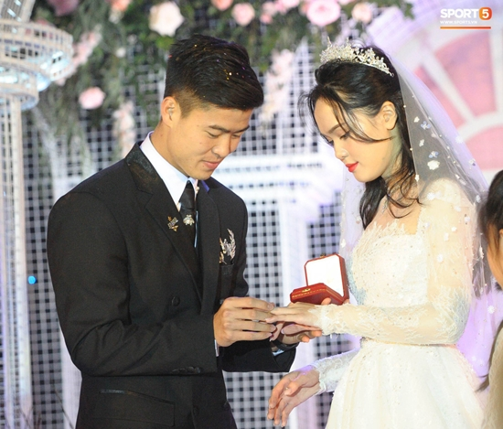 Những hình ảnh ấn tượng trong lễ cưới Duy Mạnh - Quỳnh Anh - Ảnh 14