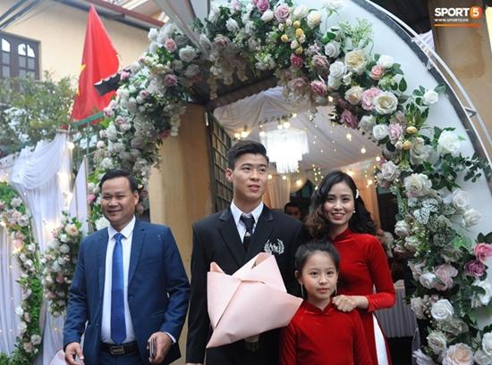 Những hình ảnh ấn tượng trong lễ cưới Duy Mạnh - Quỳnh Anh - Ảnh 3