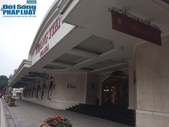 Tràng Tiền Plaza, thủ phủ hàng hiệu của bố chồng Hà Tăng thời Covid-19 - Ảnh 2