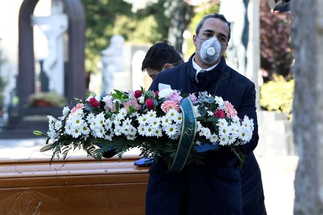 Số người chết vì nCoV trong ngày cao đỉnh điểm ở Italy: 793 ca tử vong - Ảnh 1