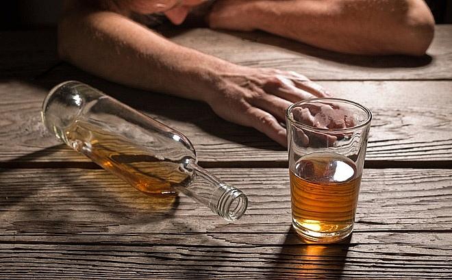 Thanh Hóa: Hai người tử vong do uống rượu nghi có độc - Ảnh 1
