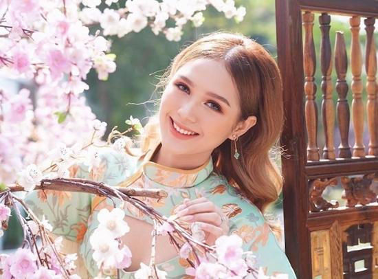 Hotgirl Trang Phạm phát ngôn gây tranh cãi: Thà học ngu mà kiếm nhiều tiền còn hơn học giỏi mà không kiếm được tiền - Ảnh 1