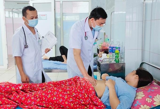 Tuyên Quang: 25 công nhân viện vì ngộ độc cơm hộp chuẩn bị xuất viện - Ảnh 1