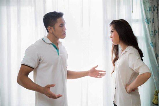 Nếu không muốn hôn nhân tan vỡ, các cặp vợ chồng hãy tránh xa những điều sau - Ảnh 1