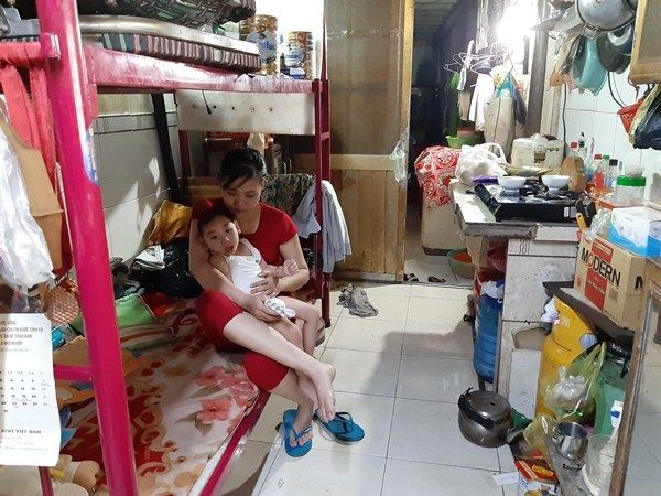 Xót xa bé gái 3 tuổi chỉ nằm một chỗ vì mắc căn bệnh hiếm gặp - Ảnh 2