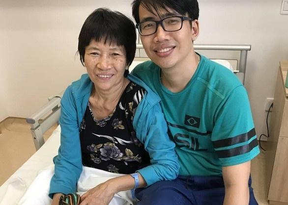 Nhạc sĩ ViruSs hỗ trợ 1 tỷ đồng để chàng trai chữa bệnh ung thư cho mẹ - Ảnh 1