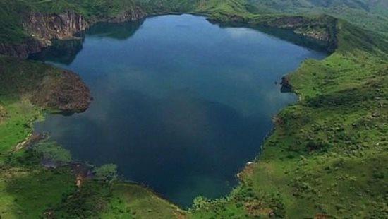 """Giải mã bí mật chết người của """"nàng thơ Nyos"""" - hồ nước nguy hiểm nhất thế giới - Ảnh 1"""