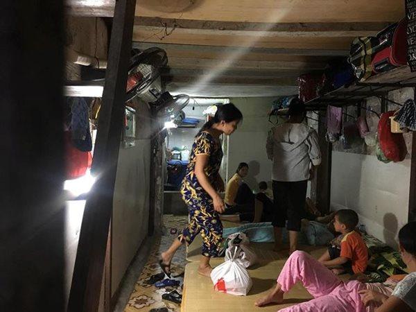 Cuộc sống của người dân nghèo Hà Nội ngày nắng nóng - Ảnh 1