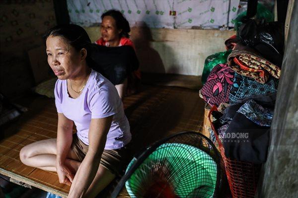 Cuộc sống của người dân nghèo Hà Nội ngày nắng nóng - Ảnh 8