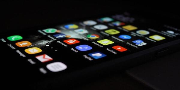 Tin tức công nghệ mới nóng nhất hôm nay 14/6: Nhiều ứng dụng selfie và chỉnh ảnh trên Android chứa mã độc - Ảnh 1