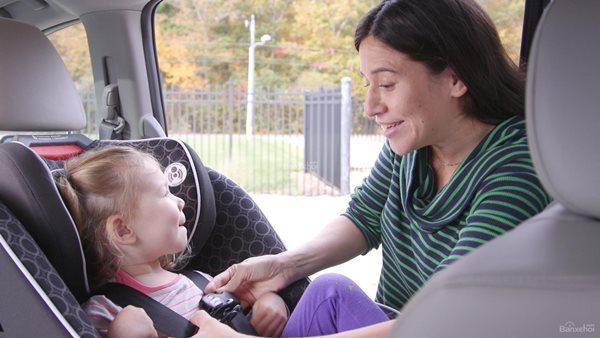 Khi chở trẻ em trên ô tô, cần lưu ý những gì? - Ảnh 1