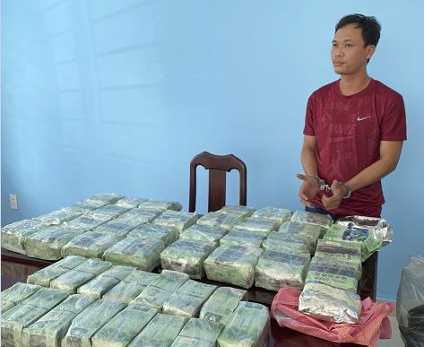TP.HCM: Triệt phá đường dây mua bán 86kg ma túy xuyên quốc gia - Ảnh 1