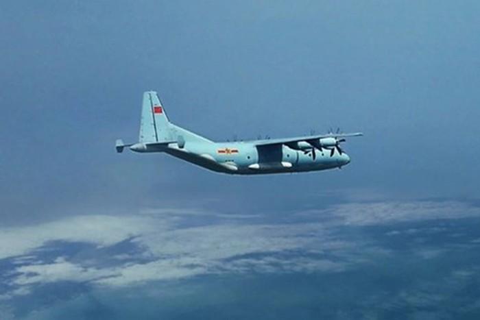 Yonhap: Máy bay quân sự Trung Quốc xâm phạm vùng ADIZ của Hàn Quốc - Ảnh 1