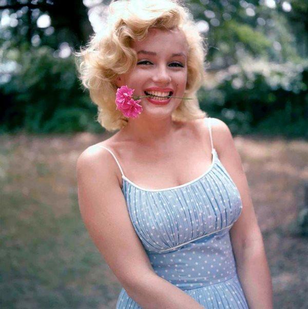 """Cuộc đời bất hạnh của """"biểu tượng sex"""" Hollywood thế kỷ 20 Marilyn Monroe - Ảnh 9"""
