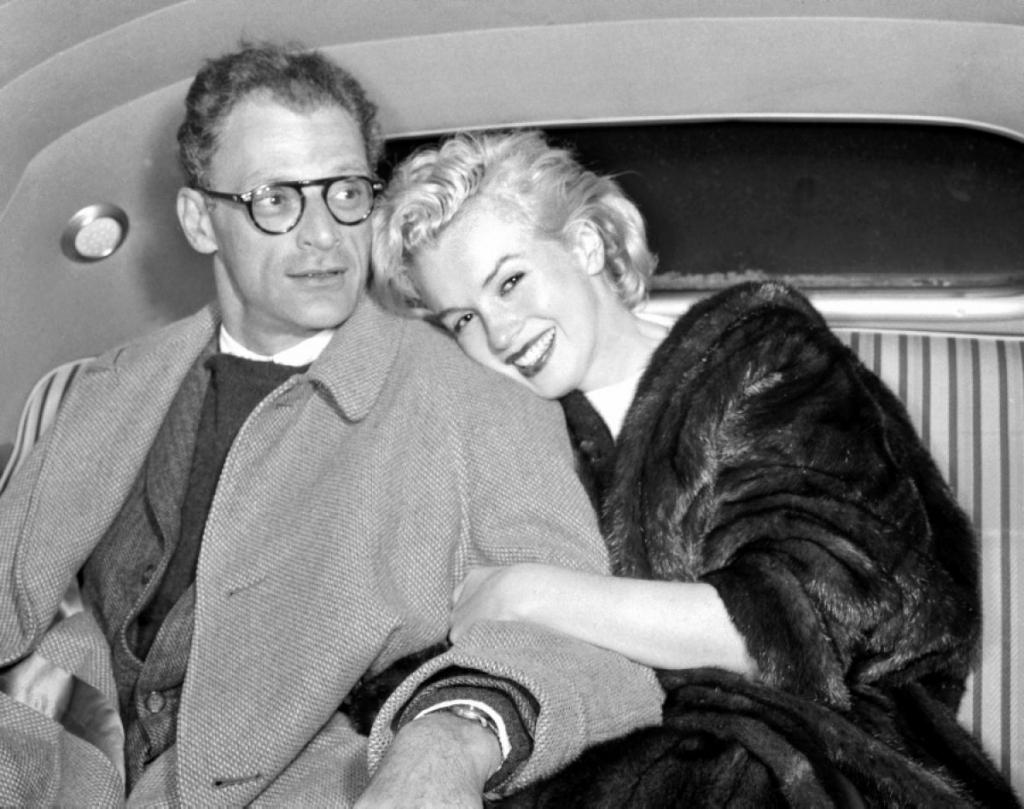 """Cuộc đời bất hạnh của """"biểu tượng sex"""" Hollywood thế kỷ 20 Marilyn Monroe - Ảnh 13"""