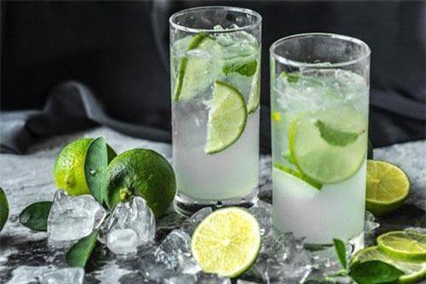 """Nước chanh sẽ thành """"thuốc độc"""" nếu bạn cứ uống bừa để giải khát - Ảnh 4"""