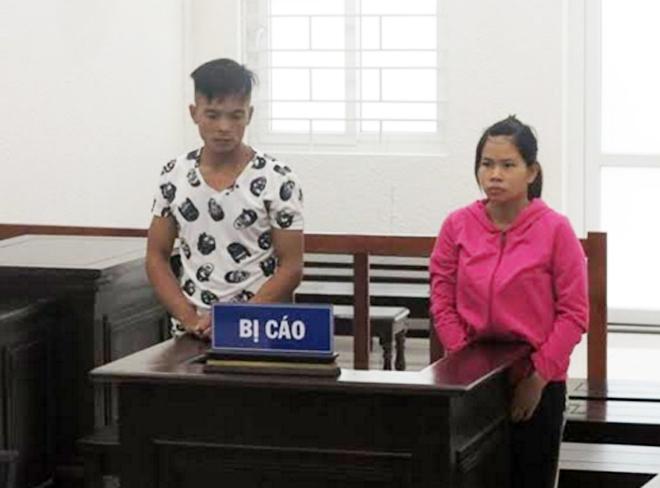 Thành khẩn khai báo, cặp đôi làm giả giấy tờ được giảm án tù - Ảnh 1