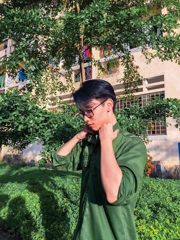 Vẻ đẹp cực phẩm của các sinh viên trong kỳ học quân sự - Ảnh 3