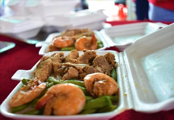 Cần Thơ: Tổ chức ăn ở miễn phí cho thí sinh vùng sâu đi thi - Ảnh 2