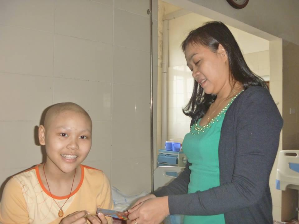 Đón tết lặng lẽ tại bệnh viện của bác sĩ và bệnh nhân - Ảnh 9