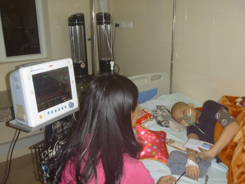 Đón tết lặng lẽ tại bệnh viện của bác sĩ và bệnh nhân - Ảnh 11