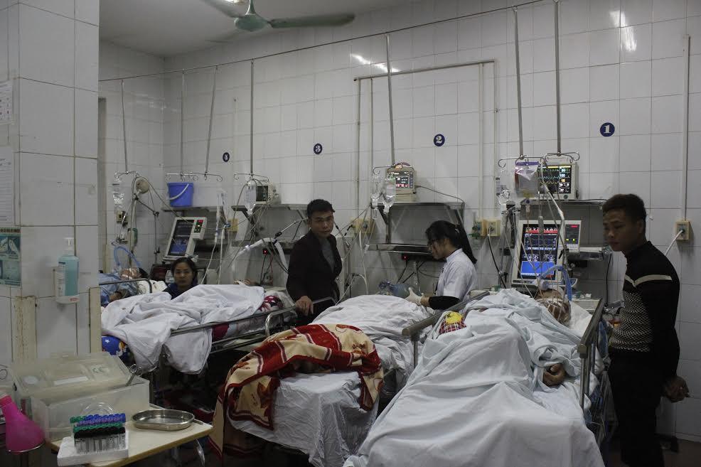 Đón tết lặng lẽ tại bệnh viện của bác sĩ và bệnh nhân - Ảnh 2