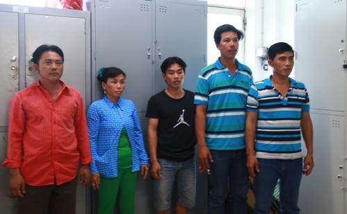 Vụ 3 người bán hàng rong ở Sài Gòn bị truy sát: Tạm giữ nhiều nghi can - Ảnh 1