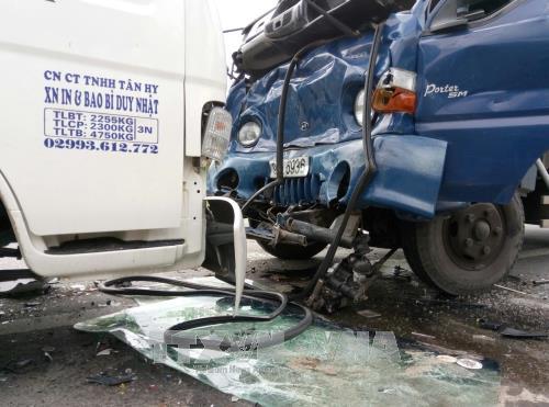 Tin tai nạn giao thông mới nhất ngày 27/12/2017 - Ảnh 3