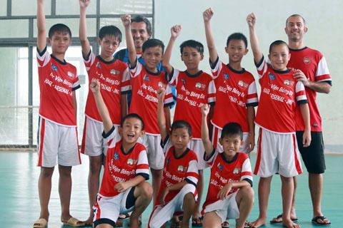 Tin bóng đá HOT sáng 10/2: HAGL JMG sắp trình làng lứa kế cận Công Phượng - Ảnh 1