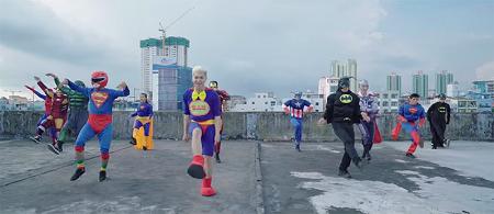 Bảo Kun lột xác hoàn toàn mới trong MV I Am A Superman - Ảnh 1