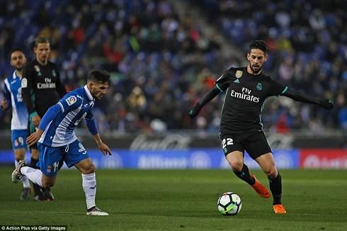 Clip Espanyol 1-0 Real Madrid: Phút bù giờ cay đắng - Ảnh 1