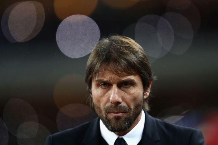 """Chelsea khủng hoảng, CĐV đòi """"tống cổ"""" HLV Antonio Conte - Ảnh 1"""