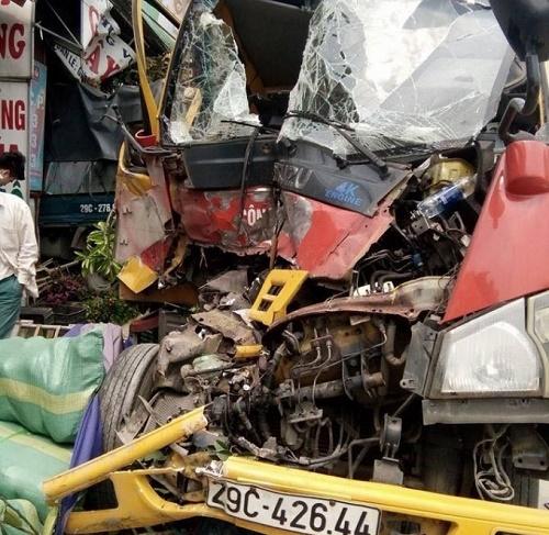 Tin tức tai nạn giao thông mới nhất ngày 22/3/2018 - Ảnh 1